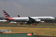 Boeing 777-323ER (N718AN)