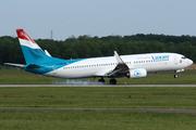 Boeing 737-86J (LX-LBB)