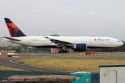 Boeing 777-232/ER (N705DN)