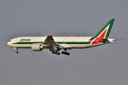 Boeing 777-243/ER (EI-DBM)