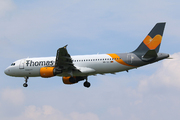 Airbus A320-212 (OO-TCX)