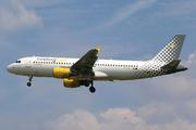 Airbus A320-214 (EC-MBF)