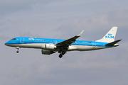 Embraer ERJ-190-100 STD (PH-EXF)