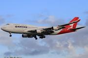 Boeing 747-438/ER (VH-OEE)