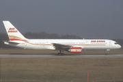 Boeing 757-236 (G-BKRM)