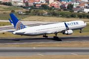Boeing 767-322/ER (N662UA)