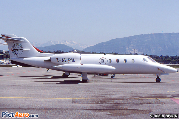 Gates Learjet 35A (Alpi Eagles)