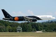 Boeing 757-256 (G-ZAPX)