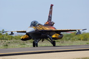 General Dynamics F-16C Fighting Falcon (92-0014)