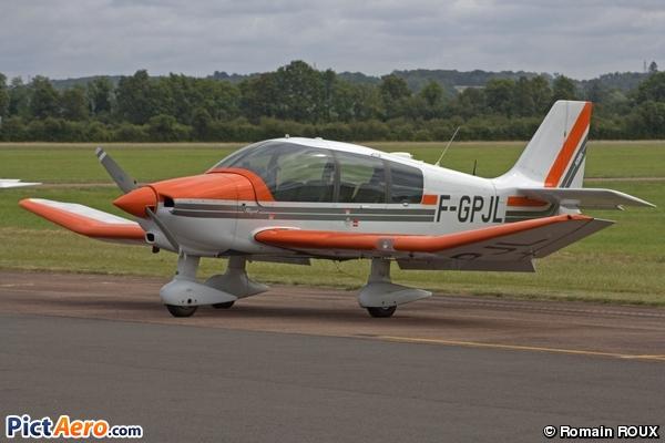 Robin DR 400-180 (Association aéronautique du Nivernais)