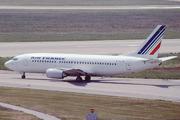 Boeing 737-33A (F-GHVM)