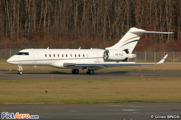 Bombardier BD-700 Global Express/Global 5000 (Royal Jet)