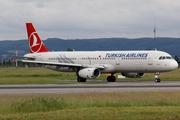 Airbus A321-231 (TC-JRU)