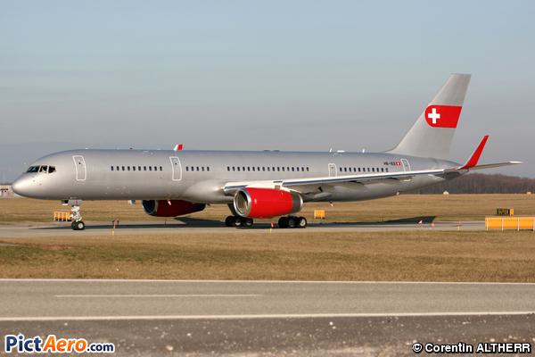 Boeing 757-23A (PrivatAir)