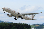 Airbus A330-343 (A6-AFC)