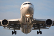 Boeing 767-322/ER (N648UA)