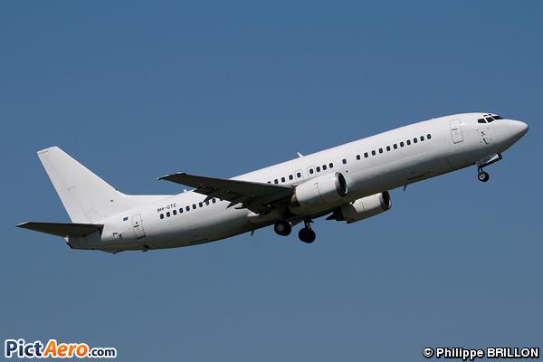 Boeing 737-430 (Air Horizont)