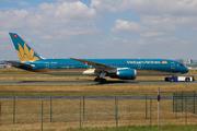 Boeing 787-9 (VN-A864)