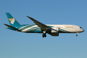 Boeing 787-8 Dreamliner (A4O-SZ)