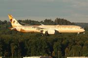 Boeing 787-9 (A6-BLB)