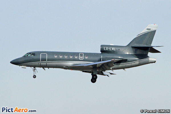 Dassault Falcon 50EX (Global Jet Luxembourg)