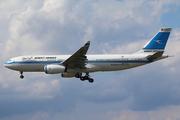 Airbus A330-243 (9K-APA)