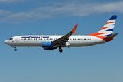 Boeing 737-8BK(WL) (C-GOFW)