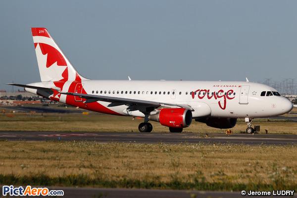 Airbus A319-114 (Air Canada Rouge)