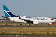 Boeing 737-7CT/WL (C-GWCM)