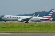 Boeing 767-323/ER (N395AN)