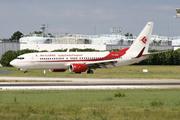 Boeing 737-8D6 (7T-VKG)