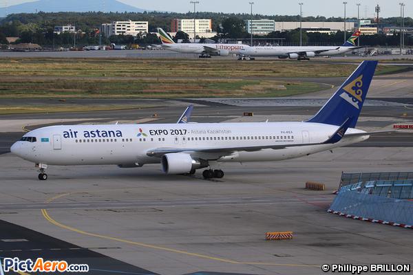 Boeing 767-3KY/ER (Air Astana)