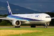 Boeing 777-381/ER (JA781A)