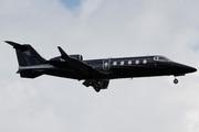 Learjet 60 (N64JP)