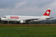 Airbus A320-214 (HB-JLR)