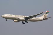 Airbus A330-243 (A6-EYP)