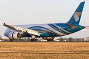 Boeing 787-8 Dreamliner (A4O-SY)