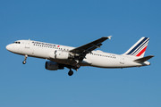 Airbus A320-211 (F-GHQL)