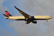 Airbus A330-323X (N811NW)