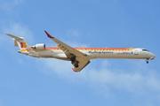 Canadair CL-600-2E25 Regional Jet CRJ-1000 (EC-LOJ)
