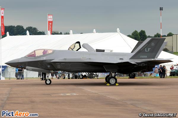 Lockheed Martin F-35 Lightning II (USA-Air Force)