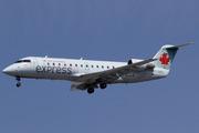 Canadair CL-600-2B19 CRJ-200LR (C-GKEU)