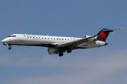 Canadair CL-600-2C10 Regional Jet CRJ-700 (N369CA)