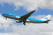 Airbus A330-203 (PH-AOC)