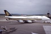 Boeing 747-412
