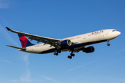 Airbus A330-323X (N805NW)