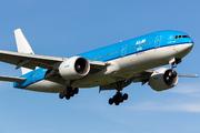 Boeing 777-206/ER (PH-BQH)