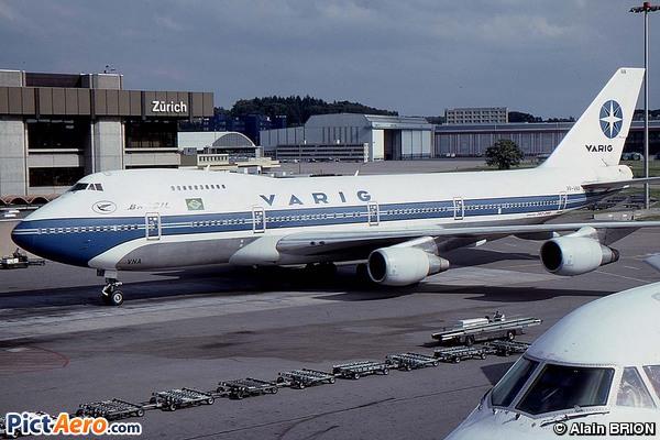 Boeing 747-2L5B(SF) (Varig)