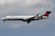 Canadair CL-600-2C10 Regional Jet CRJ-700