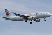 Airbus A320-211 (C-FGYL)